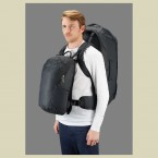 lowealpine_at_voyager_wearing_the_pack_02_fallback